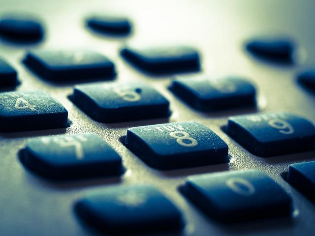 El teléfono: el canal de atención al cliente que más frustra a los consumidores