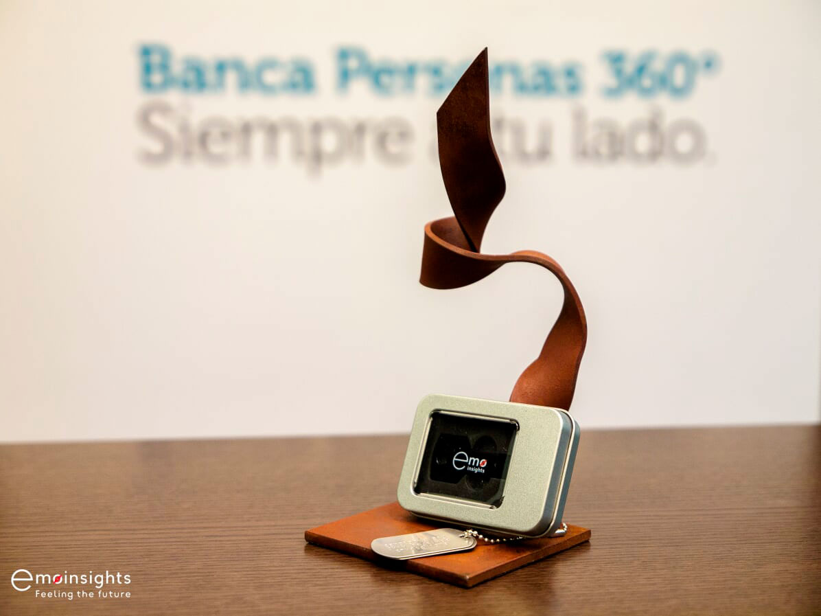 Premio EMOFriendly Bank Top EMOFans